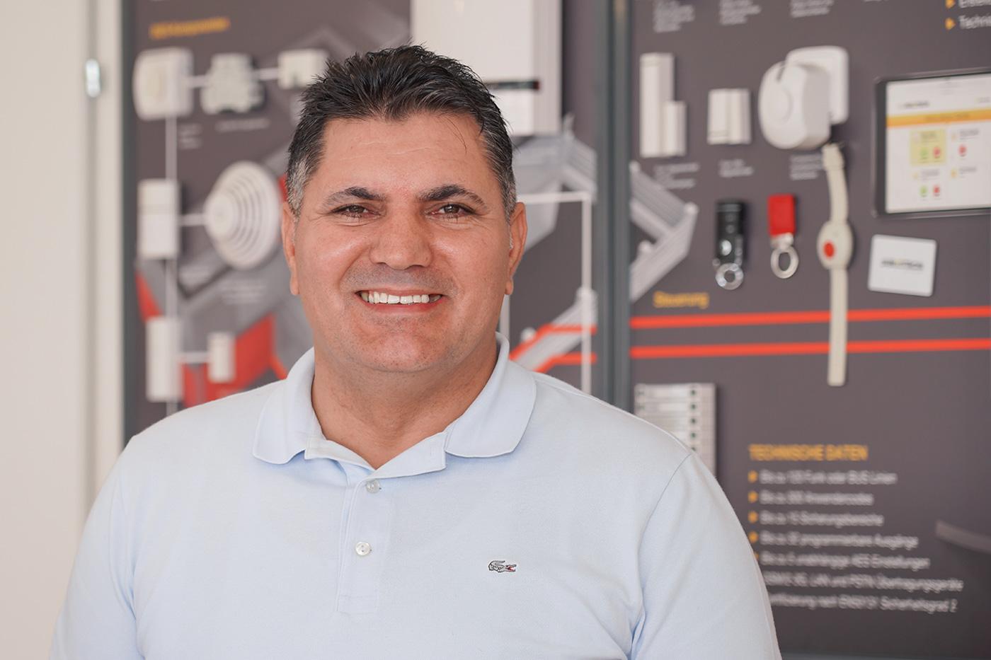 Ahmet Urkun, Geschäftsführer